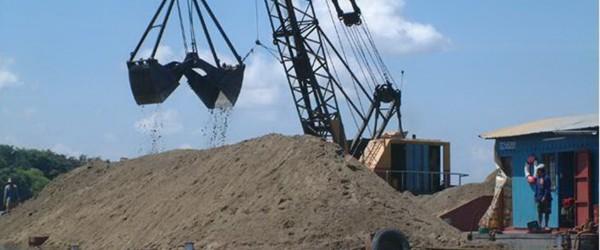 Giá cát xây dựng tăng đột biến tháng 3 năm 2017